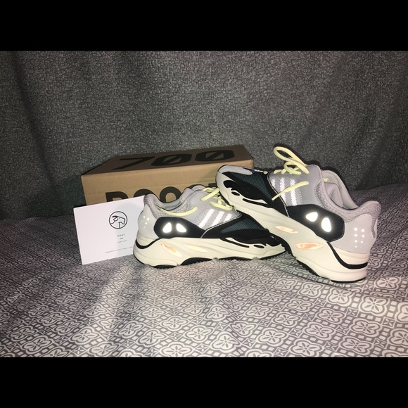 new product d0ad7 10941 Yeezy Boost 700 'Wave Runner' size 9 M. NWT